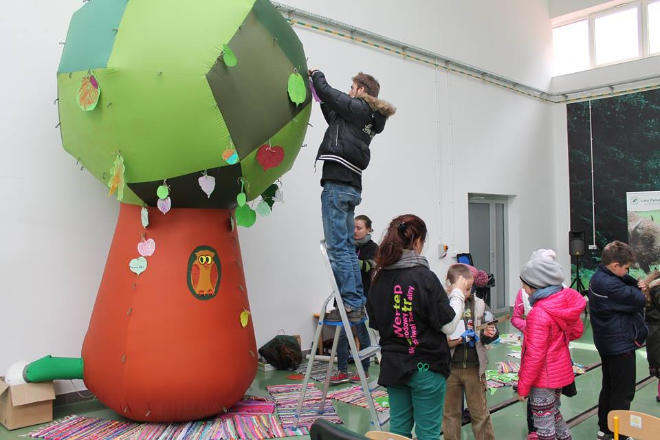 Wolontariusze EVS wspierają I Dzień Ziemi w Hajnówce